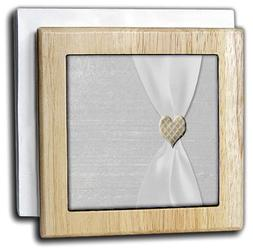 "3dRose nh_29623_1""White Satin Ribbon with Gold Heart"" Napkin"